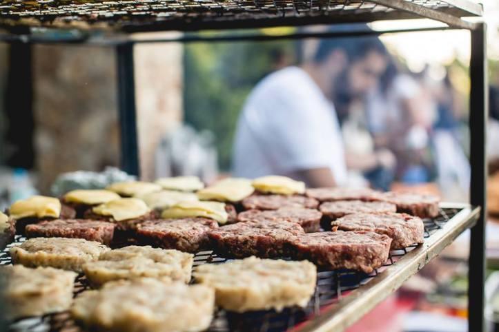 Burgers na brasa! (Foto: Daniel Padilha/I Hate Flash)