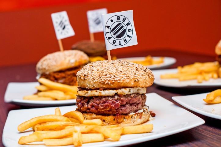 burgertopia 5 -Milena Paladino