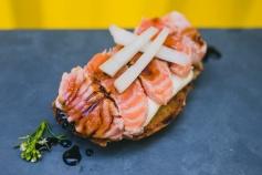 Bruschettas de salmão selado (R$10)