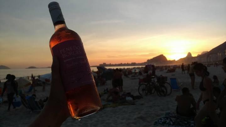 wineessence-praiadoleme-02