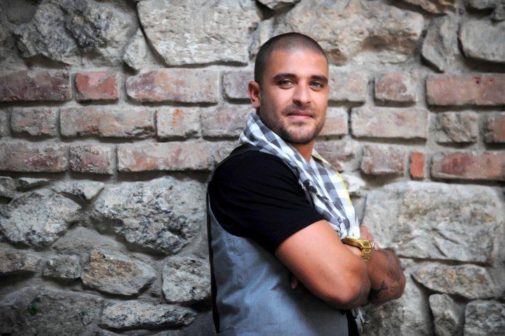 Diogo-Nogueira2012-Washington_Possato.JPG
