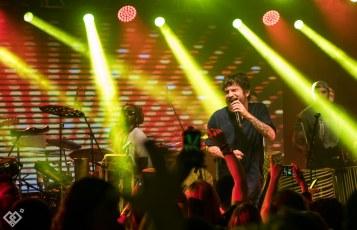 Saulo anima festa no MAM (Foto: Loose Frame)
