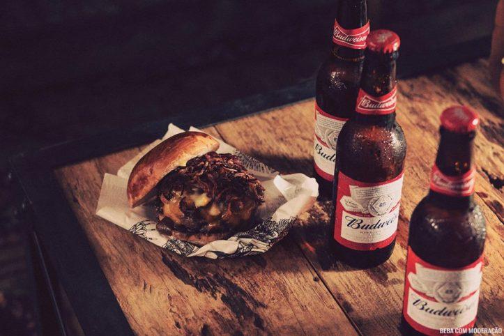 Budweiser Basement-burger