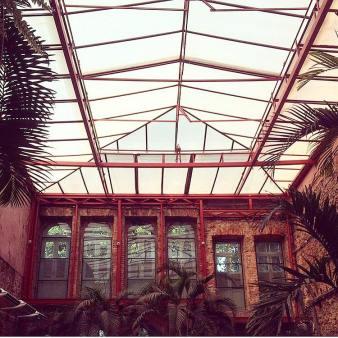 Esse teto do Cais do Oriente faz toda a diferença (Foto: Divulgação)