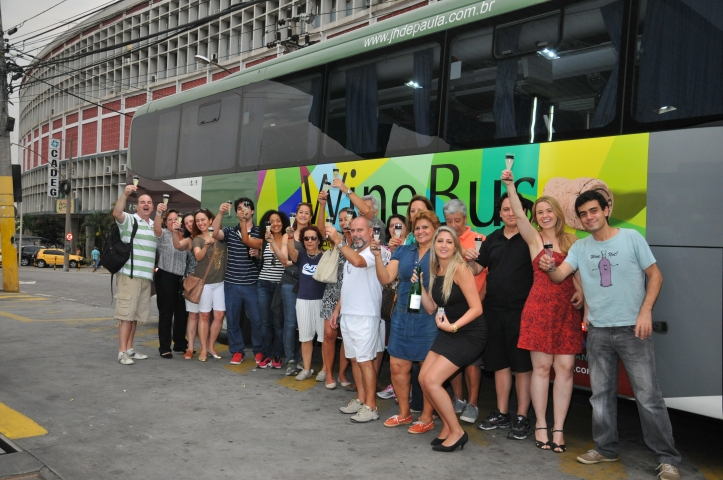 rwff_wine_bus_0113_renato_velasco