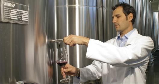Enólogo da vinícola Edegar Scortegagna (Foto: Divulgação)