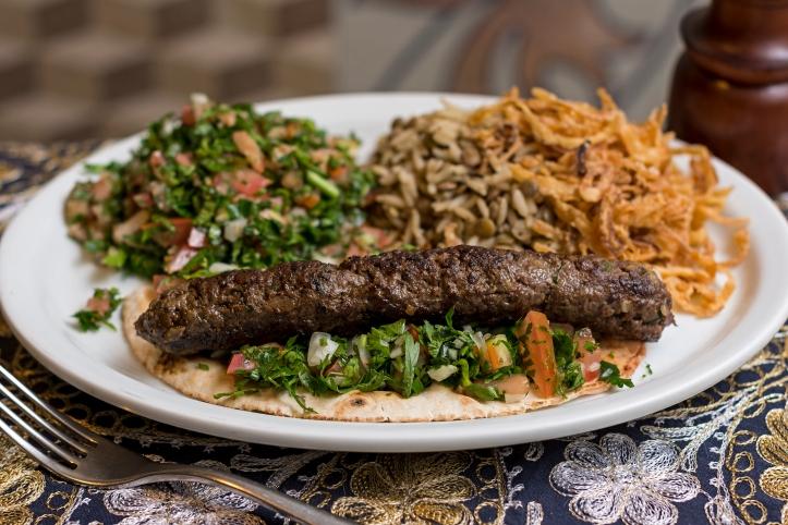 RestaurantWeekDelivery-2017-Amir_KaftaTabuleArrozComLentilha_MarciaMoreno
